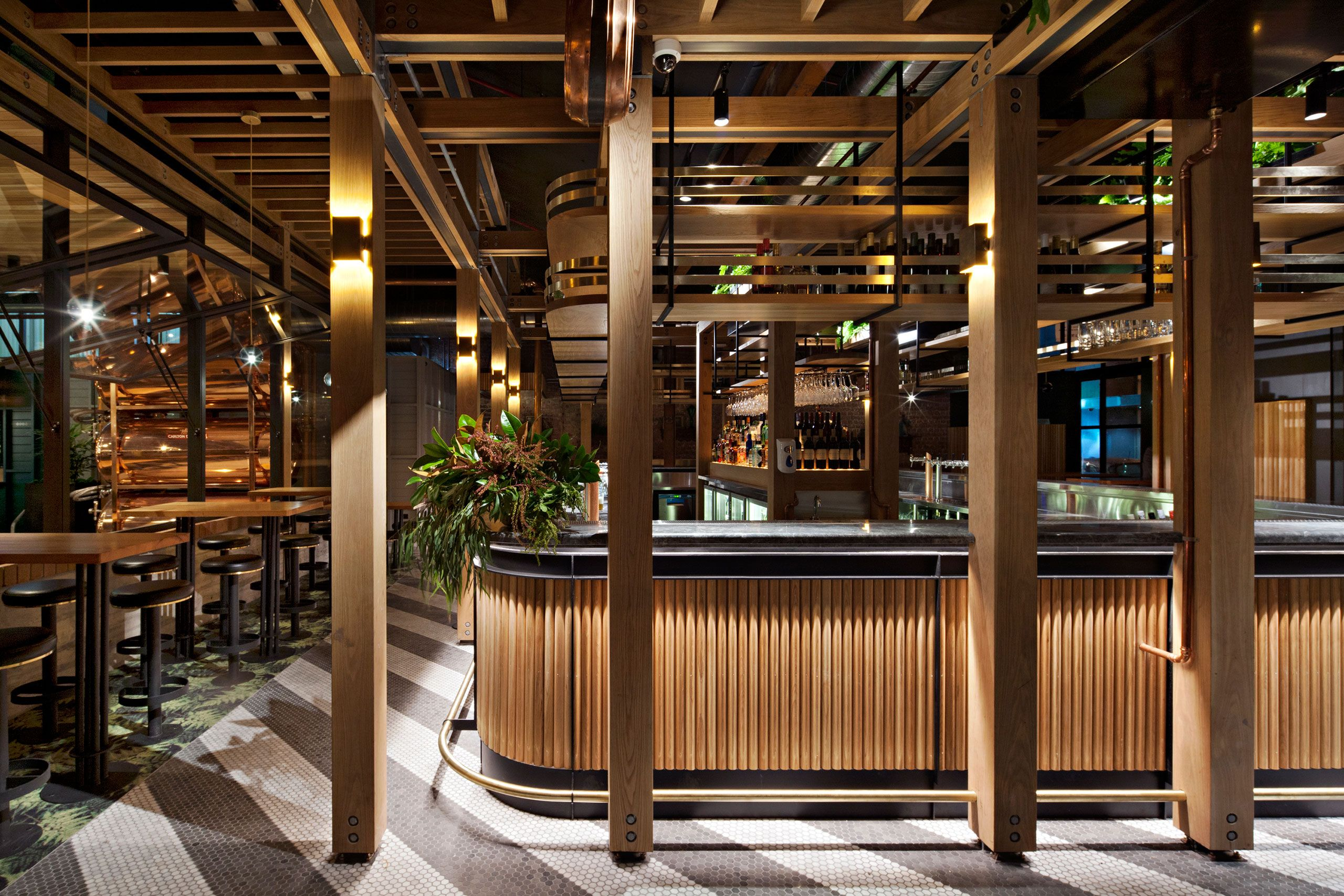 The Welcoming City Oasis of the Garden State Hotel in Melbourne ...