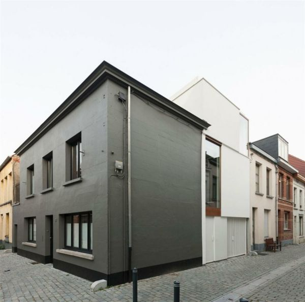 graue fenster welche fassade wohn design. Black Bedroom Furniture Sets. Home Design Ideas