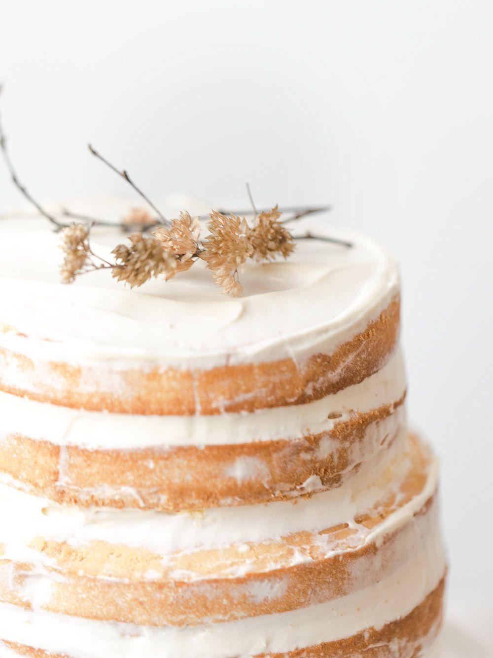 Naked cake exotique sans gluten, fruits de la passion et