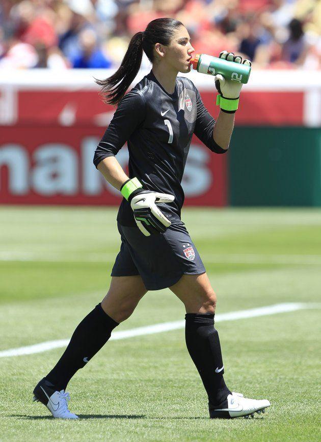 U S Soccer Star Hope Solo Hope Solo Usa Soccer Women Soccer Girl