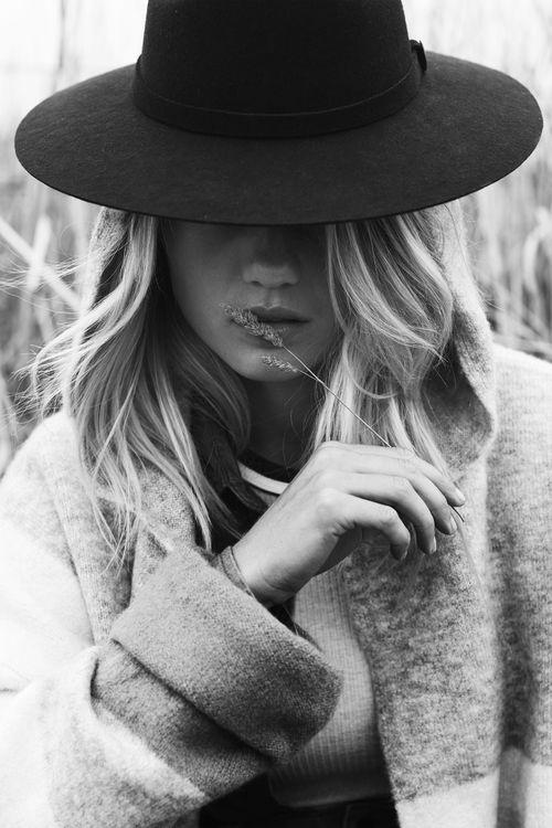Into The Wild with Ren Pidgeon — ELYSE KNOWLES – Portre fotoğrafçılığı