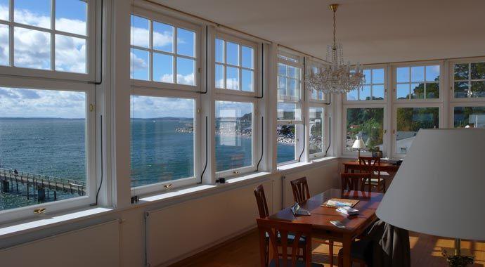 fenster sorpetaler vertikal schiebefenster house inspirations pinterest schiebefenster. Black Bedroom Furniture Sets. Home Design Ideas