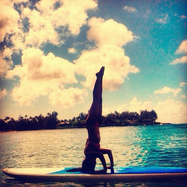 @chelseakauai #whpsuperpower #yoga  #paddleboarding #surfsup #hawaii