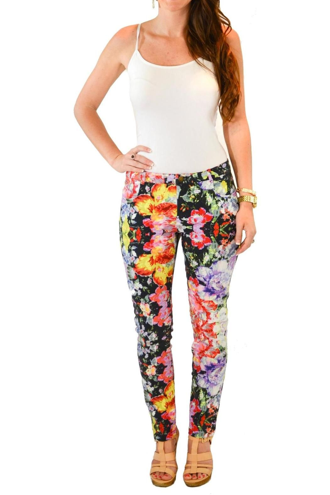 2019 year for girls- How to orange wear floral pants
