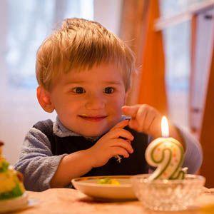 Geschenk 2 Jähriger : die besten geschenkideen f r zweij hrige geschenke f r kinder pinterest geschenke ~ Frokenaadalensverden.com Haus und Dekorationen