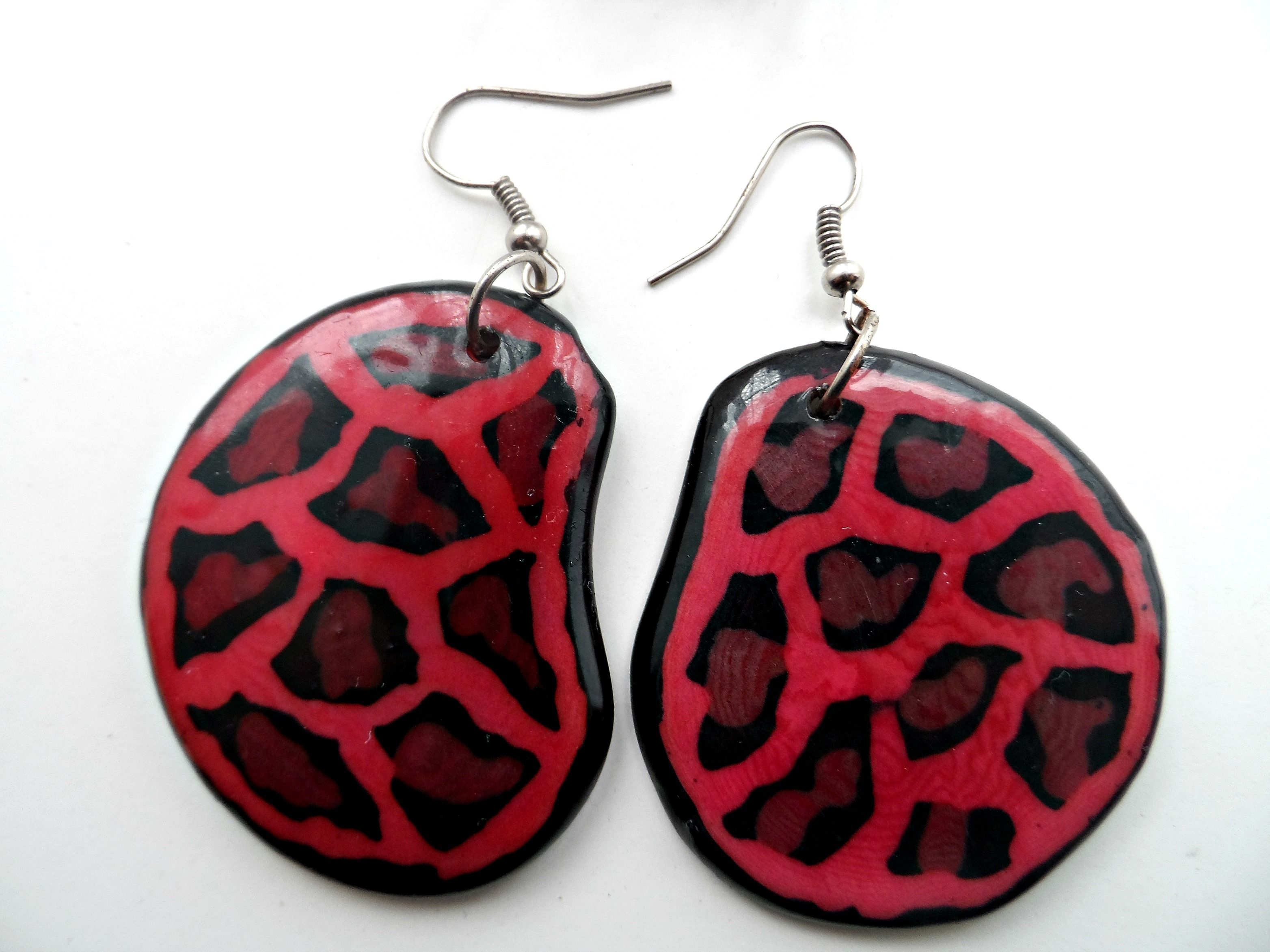 A Stunning pair of statement earrings with a Tagua nut piece # tagua #colombia