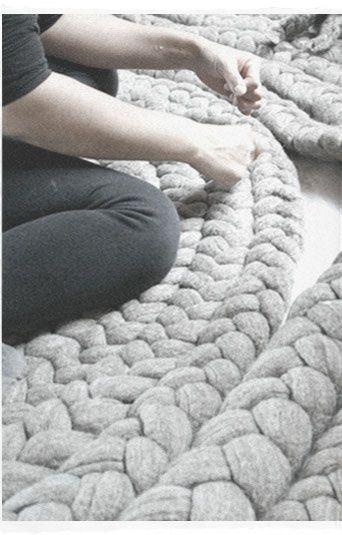 giant knit rugs dana barnes studio knits pinterest teppiche stricken und geh kelte teppiche. Black Bedroom Furniture Sets. Home Design Ideas