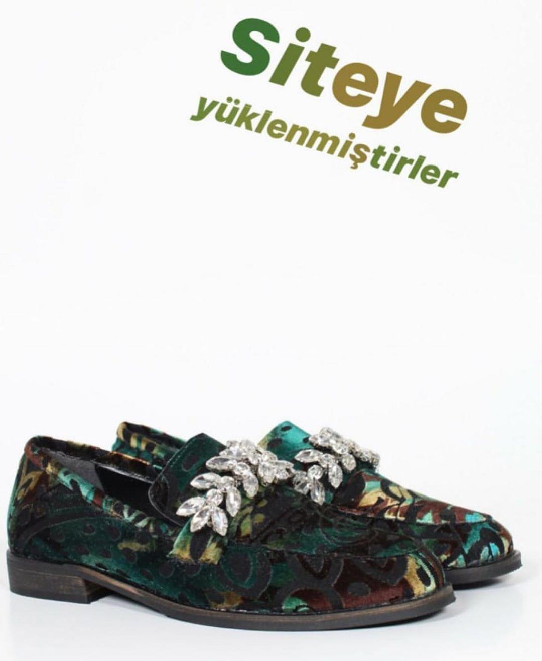 احذية نسائية أحذيةبالجملة شتوي بوط Toptanayakkabi Bayanayakkabi Botayakkabi Gucci Luisviton Gedikpasa Women Shoes Shoe Recipe Womens Fashion Sneakers