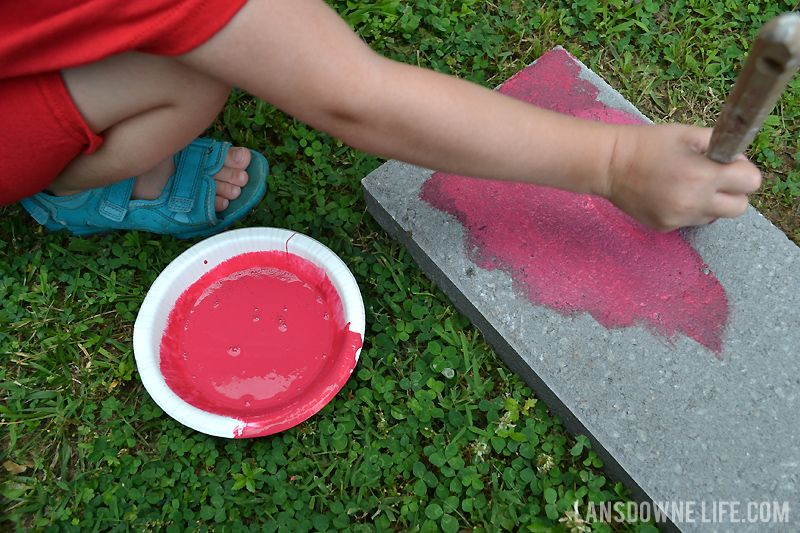 Summer Kids Craft Painted Stepping Stones Back Yard Oasis