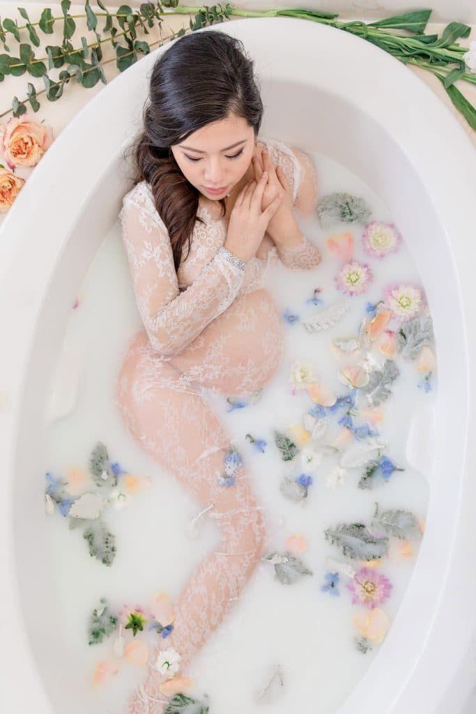 How to DIY a Maternity Milk Bath Photo Shoot