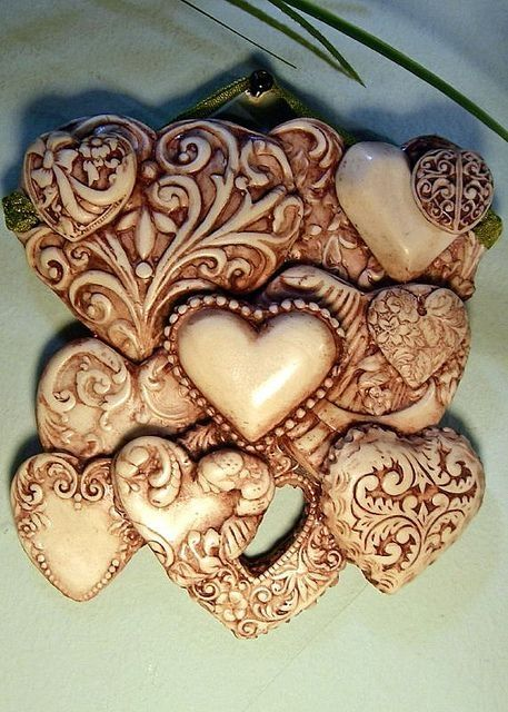 polymer clay hearts - gorgeous! by angelique
