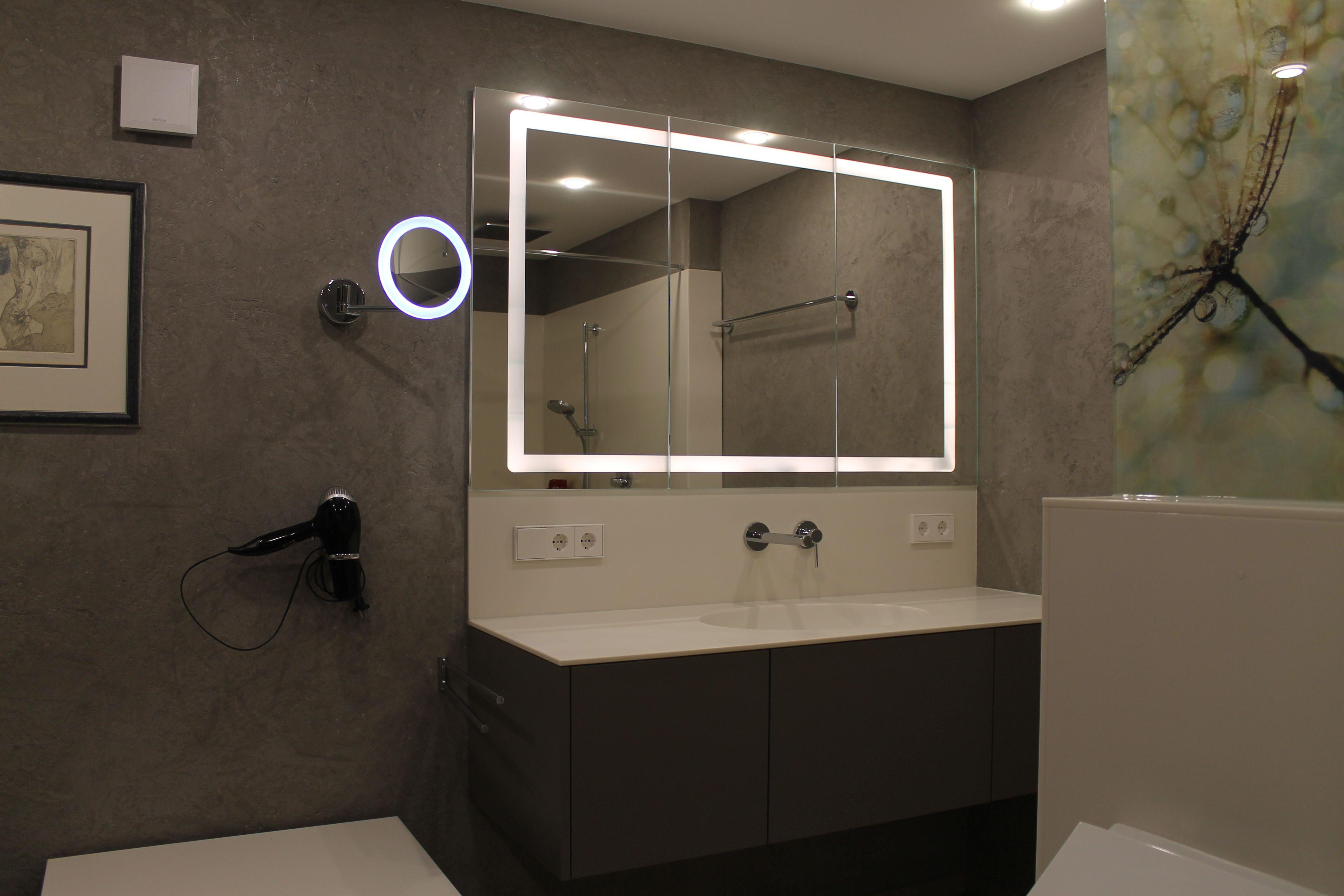 Waschtisch Mit Beleutetem Spiegel Badgestaltung Wohnen Bad