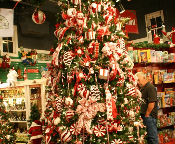 christmas is a mere two and a half months off and if you think youre not ready for it just step through the doors of kringles christmas shop - When Does Branson Mo Decorate For Christmas