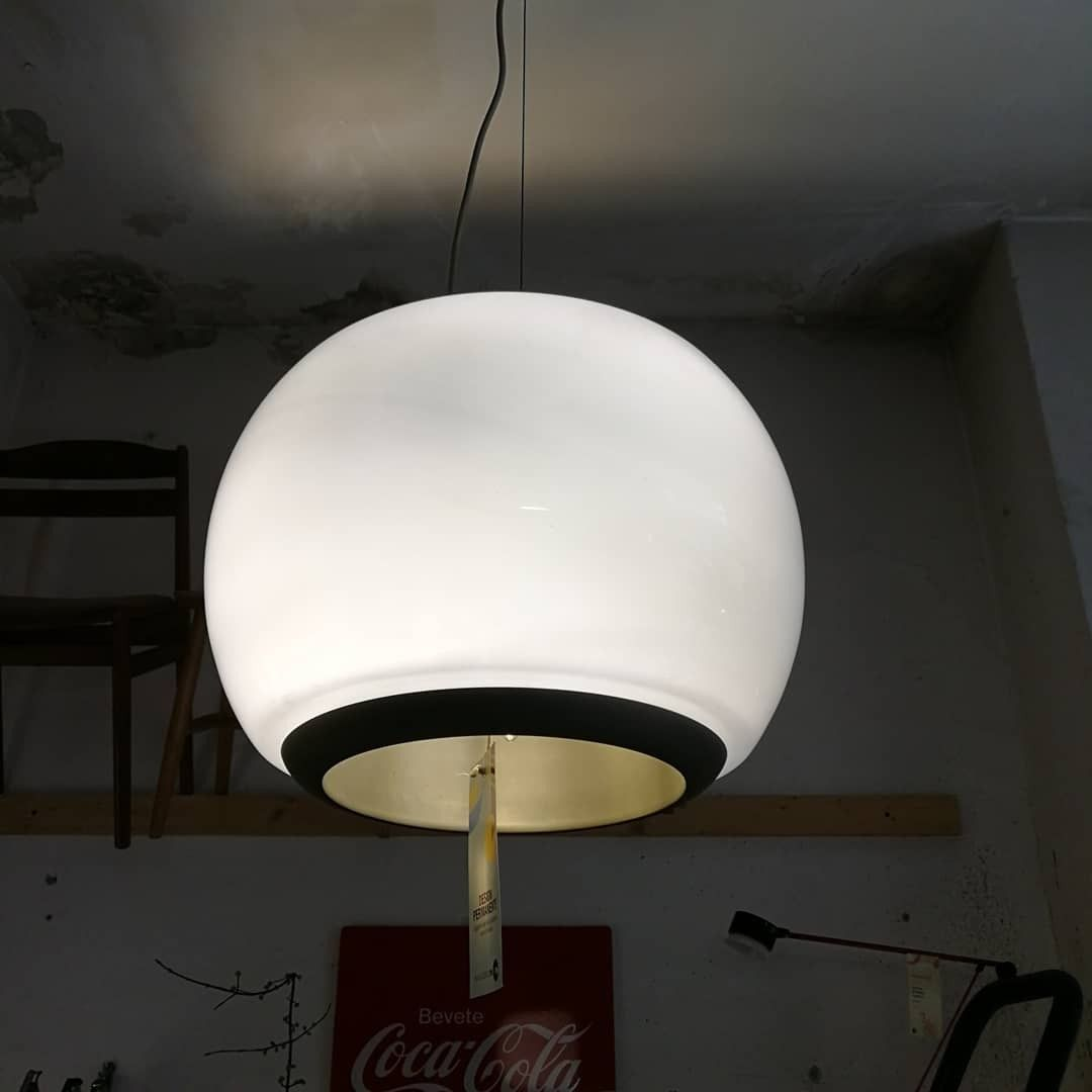 Bocce Di Vetro Per Lampadari.Un Lampadario In Vetro Di Murano Opalino Bianco Lucido 3