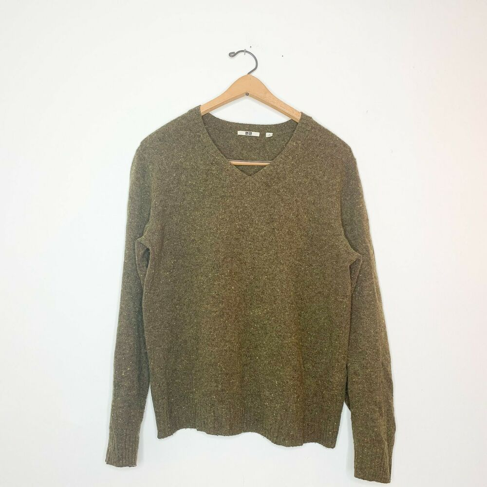 Green Uniqlo Wool V neck PulloverMens SmallWool BlendDry