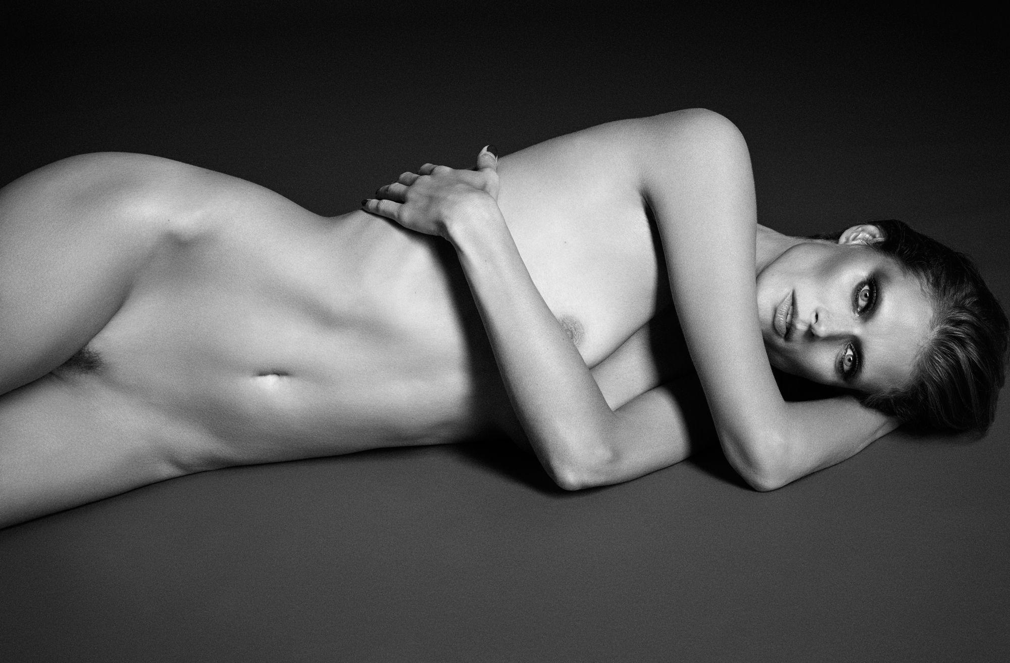 Sexy naked photo shoot million