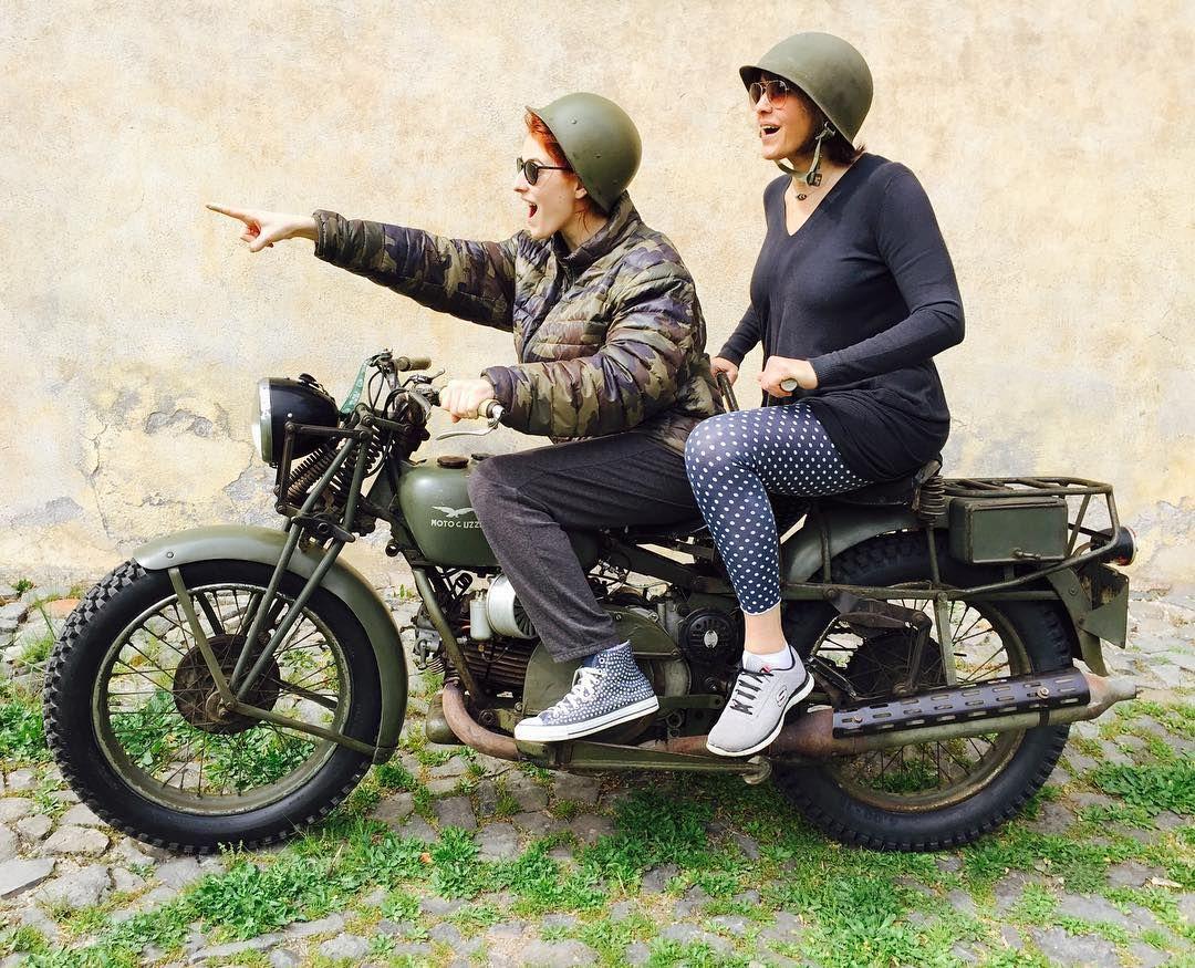 #DianaDelBufalo Diana Del Bufalo: A me e a mia madre, piace fare le sceme! #mom #buonadomenica