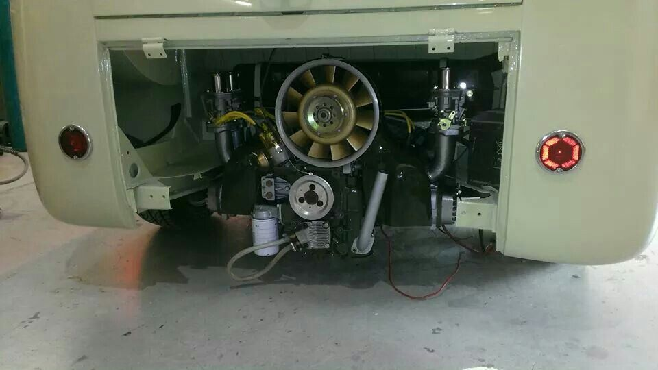 Porsche Fan Type 4 Engine In A Splitscreen Camper