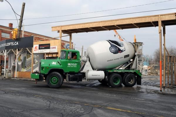 Smart Car Ambient Ad On Cement Truck Smallest Turning Radius