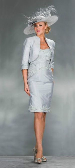 Mother of the bride outfits for a winter wedding winter for Dresses for mother of the bride winter wedding
