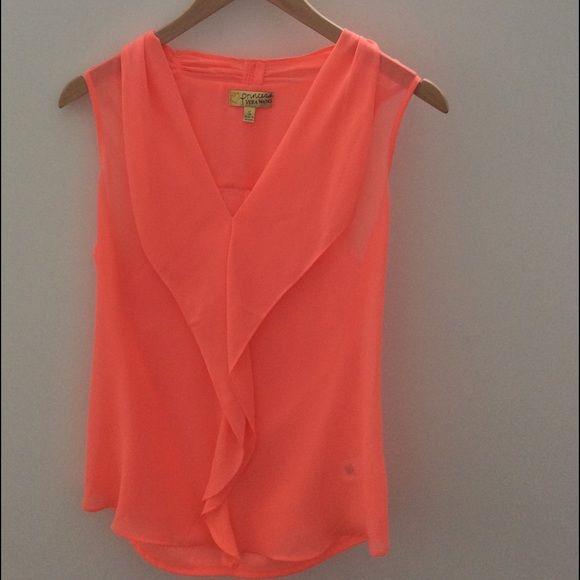 Vera Wang Sleeveless Blouse Vera Wang Sleeveless Blouse - never worn. Moving Sale -- $10! Vera Wang Tops Blouses