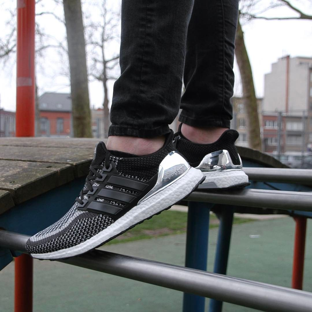 1552595c6 adidas Ultra BOOST Olympic Pack