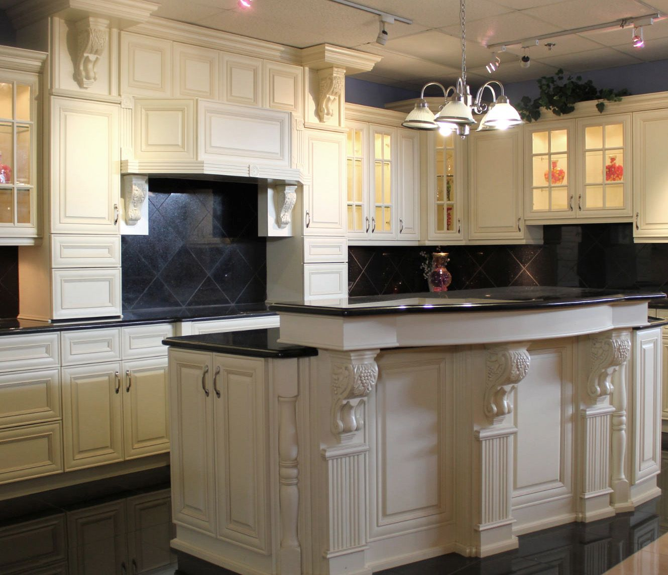 kitchens with white cabinets | antique white kitchen cabinets | Small  Kitchen Design and Photos - Kitchens With White Cabinets Antique White Kitchen Cabinets