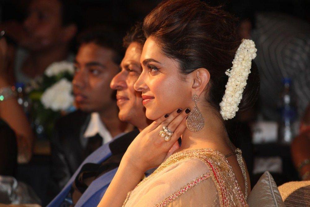Deepika Padukone Photos In Designer White Saree   Deepika ...