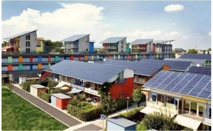 Alemanya està dient adéu a l'energia nuclear, combustibles fòssils i carbó per una opció més sostenible en llarg i mitjà termini. La clau es l'inversió en energies renovables. Si vols saber mes et convidem a llegir aquest article on ens donen tots els detalls. Projectes d'enginyeria a IMTècnics.  http://www.aldeaviral.com/alemania-le-dice-adios-a-nuclear-y-petroleo-invirtiendo-en-solar-eolica-y-biomasa/    www.imtecnics.com    93 799 51 97  #imtecnics #ingenieria  #renovables