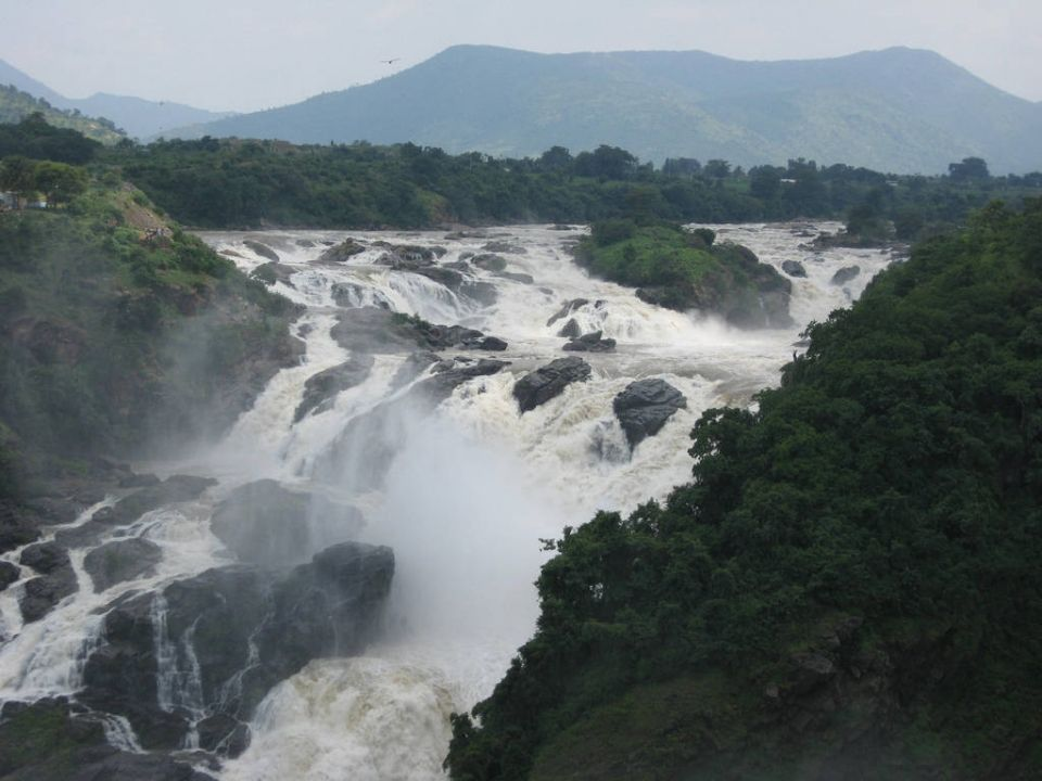 Weekend Trips Near Bangalore Under Rs 5000 Weekend Trips Places To Travel Trip
