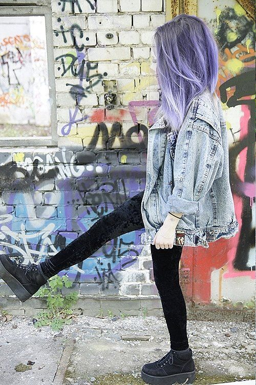 want everything shes wearing! #leggin #denim #purple #alternative #girl #hair