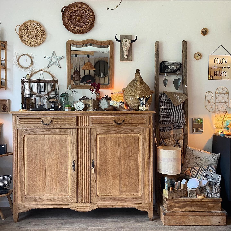 O P E N I N G D A Y Nouvelle Ambiance En Boutique Bon Dimanche Brocante Brocanteenligne Vintage Decorationin In 2020 Home Decor Decor Furniture