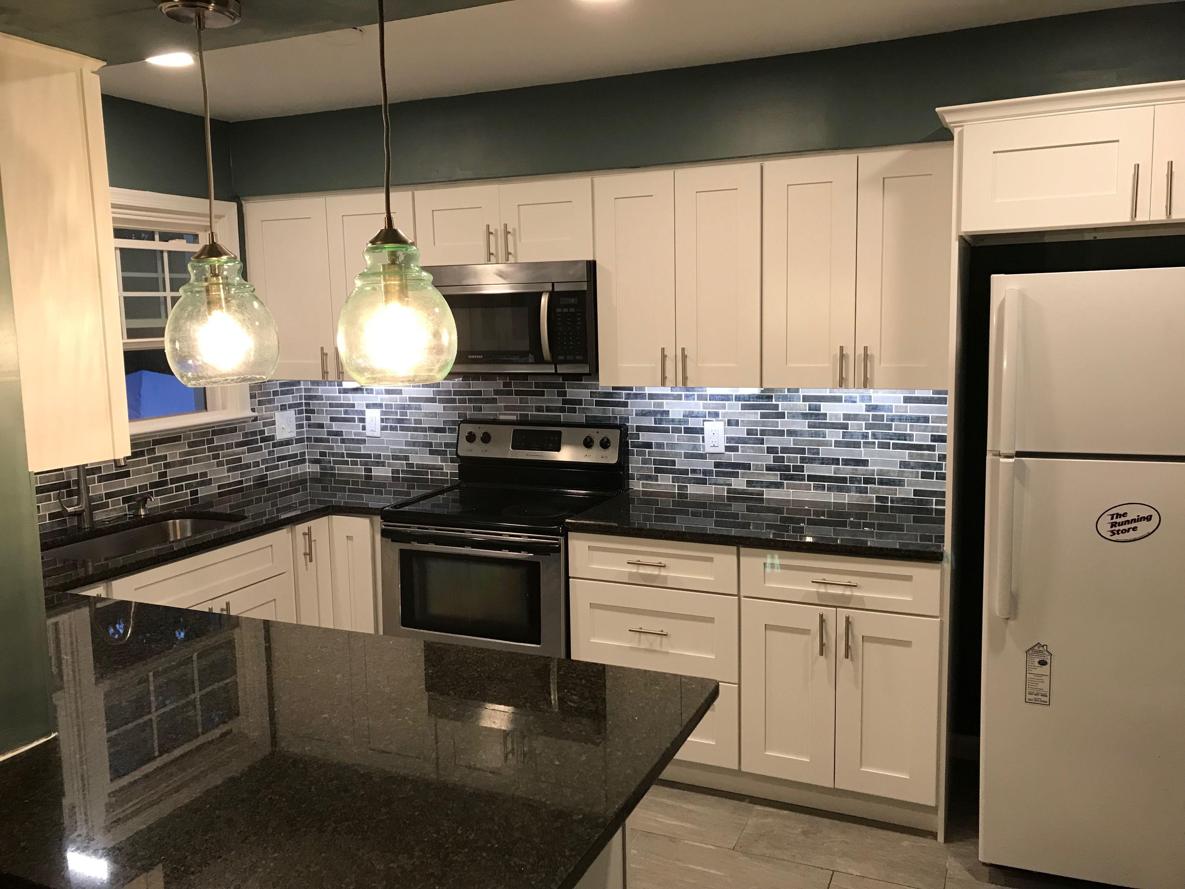 We Create A 3d Design For Your New Kitchen No Surprises Design Kitchen Cabinets Fairfax Fairfaxco Kitchen And Bath Remodeling Kitchen Kitchen And Bath