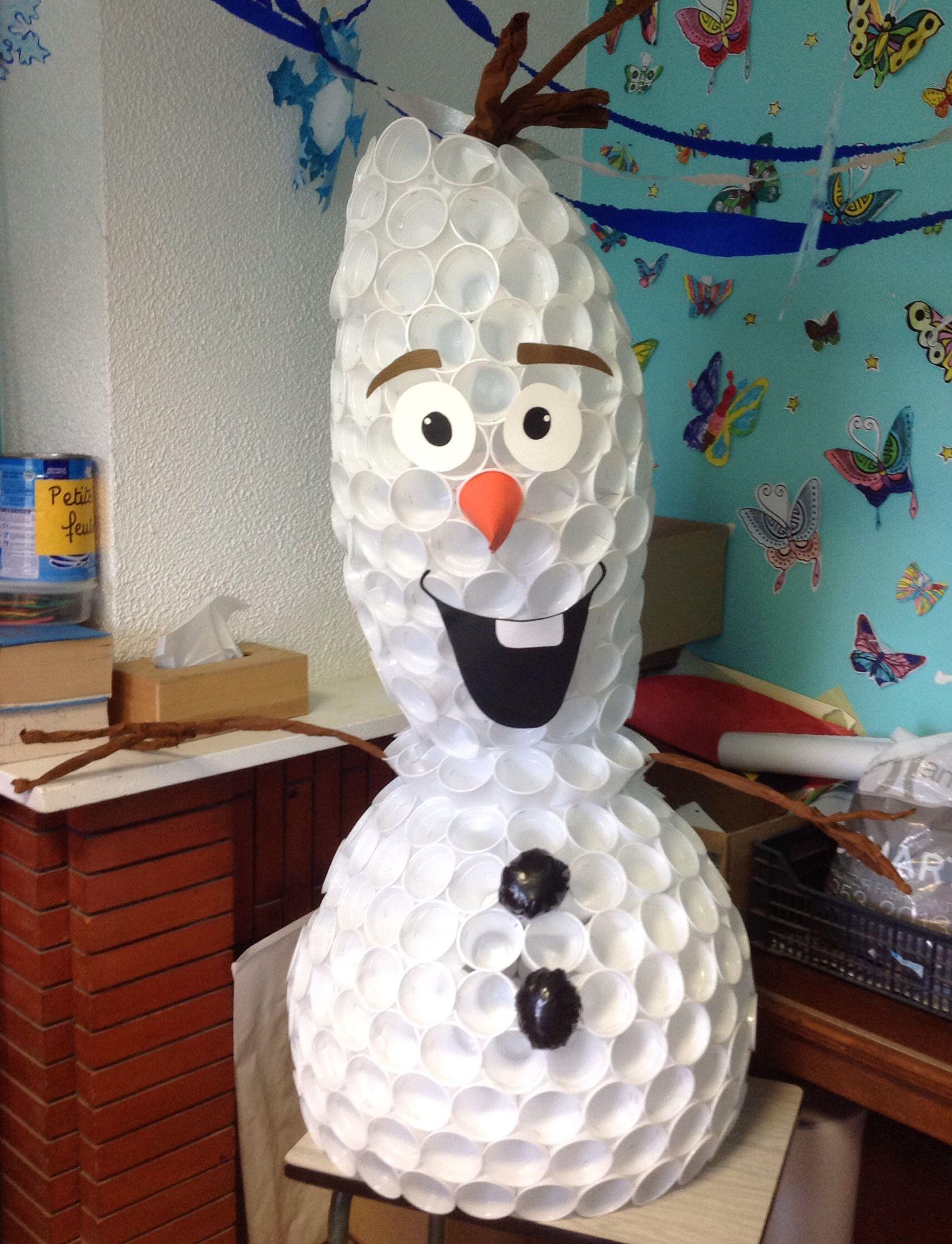 Olaf en gobelets en plastique activit s neige sports d - Bonhomme de neige olaf ...