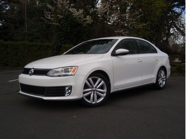 Volkswagen Jetta Gli Sedan White Color Good Car Site Pinterest