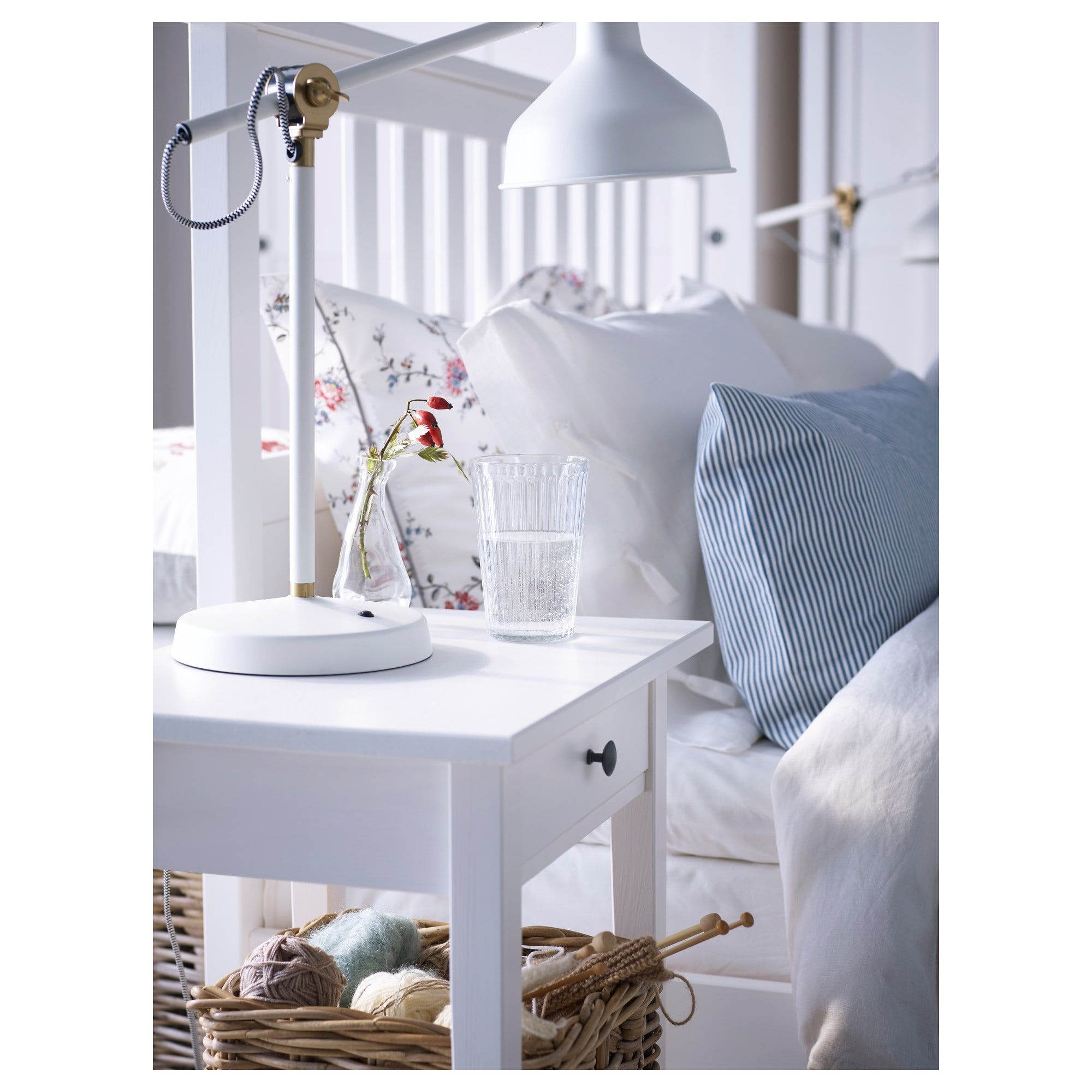 HEMNES Bed frame white stain, Luröy Queen (With images