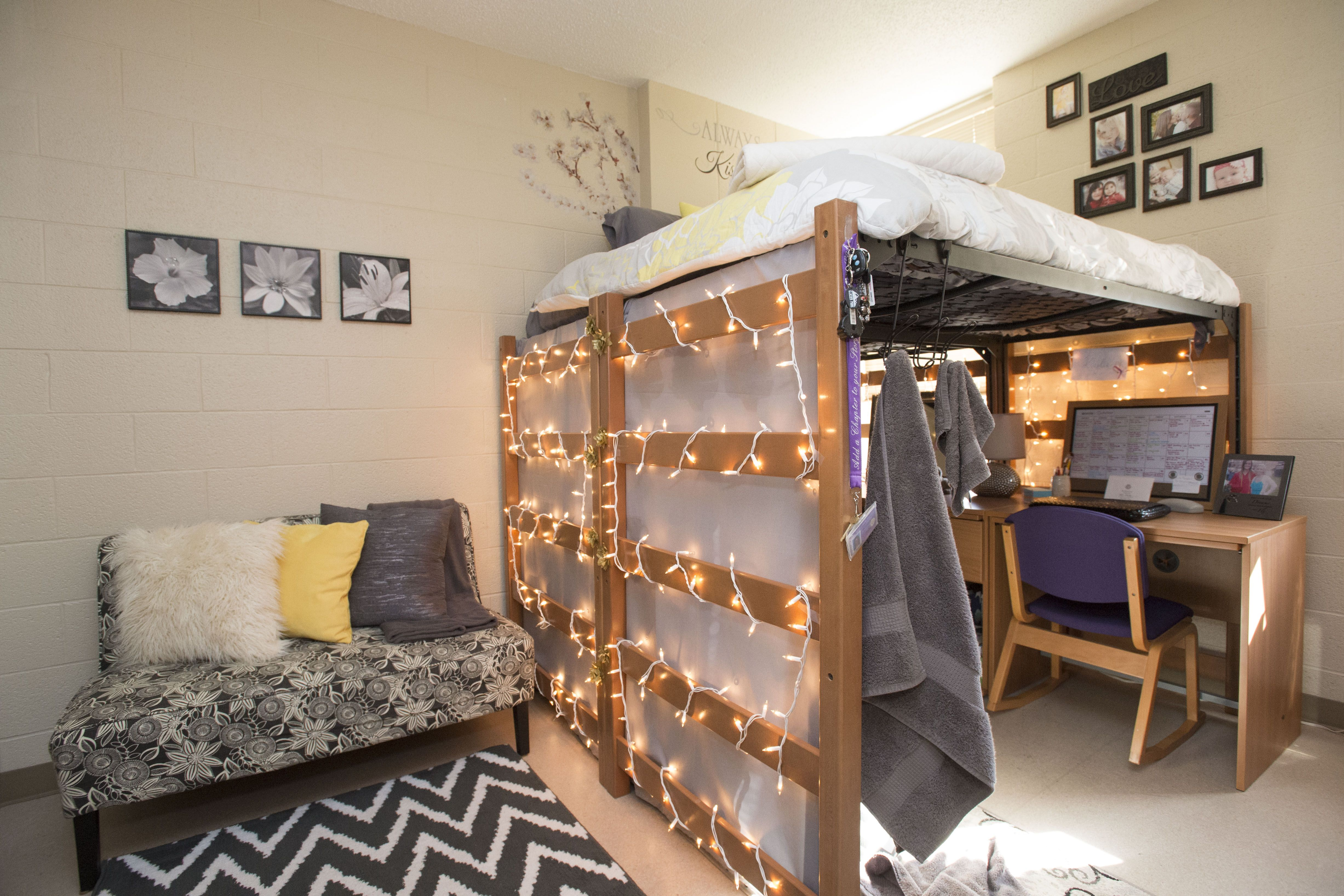 Nice Corbin/Olson Halls   Coolest Dorm Room Contest At Western Illinois  University! #WIU Part 16