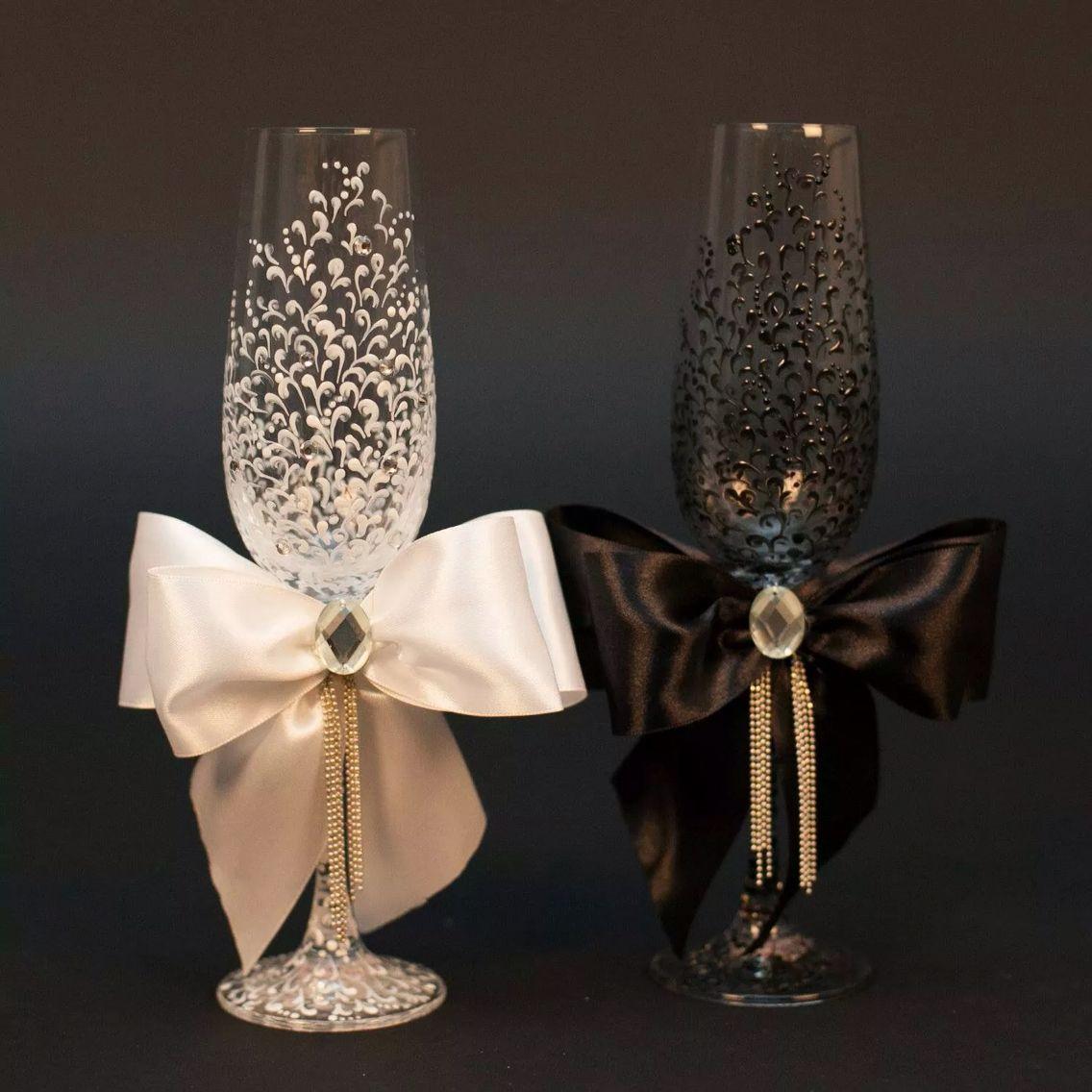 Bride And Groom Glasses Champagner Hochzeit Sektglaser Hochzeit Hochzeit Accessoires