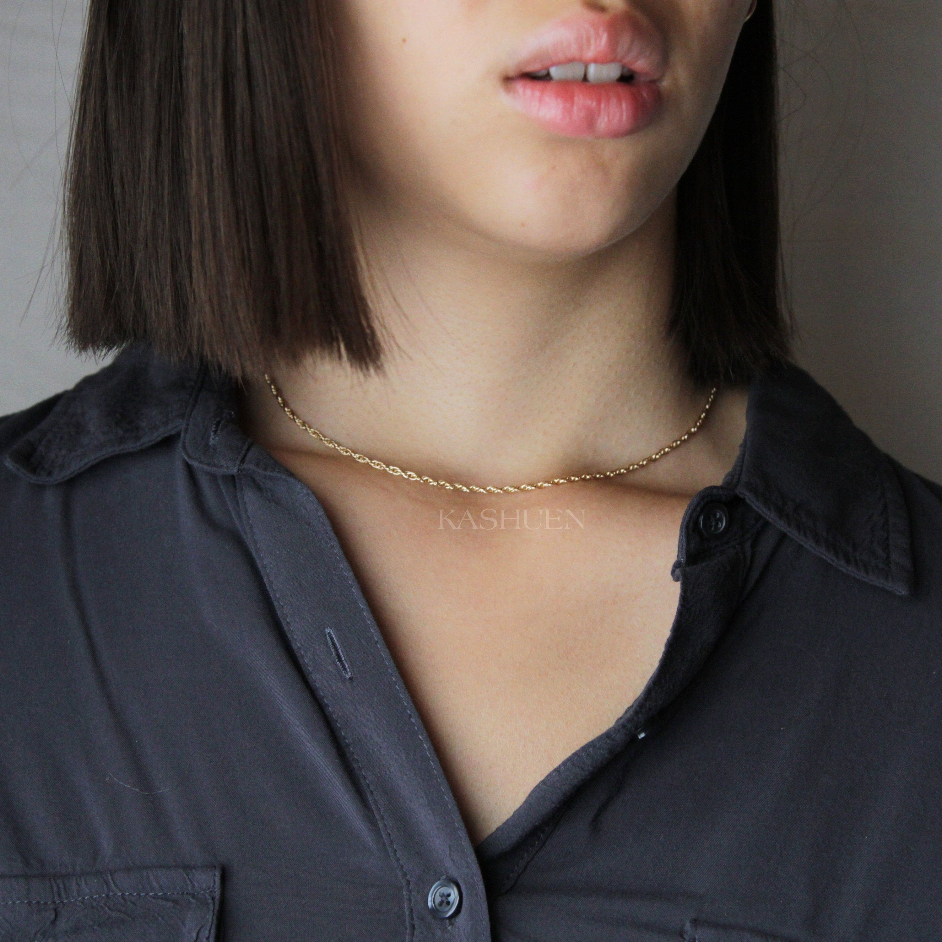 how to layer necklaces that are the same length