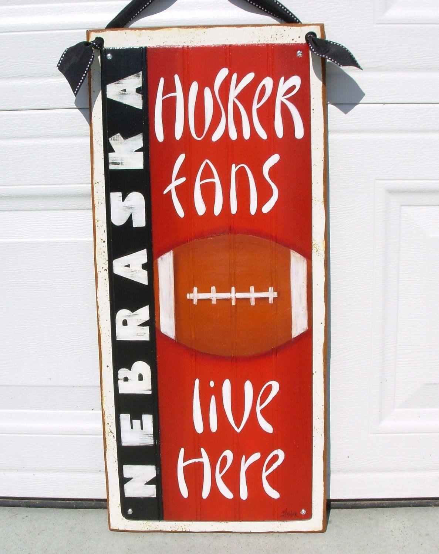 Husker Fans Door Hanging By Debhrabikdesigns On Etsy 35 00 Via Etsy Husker Nebraska Decor Husker Football