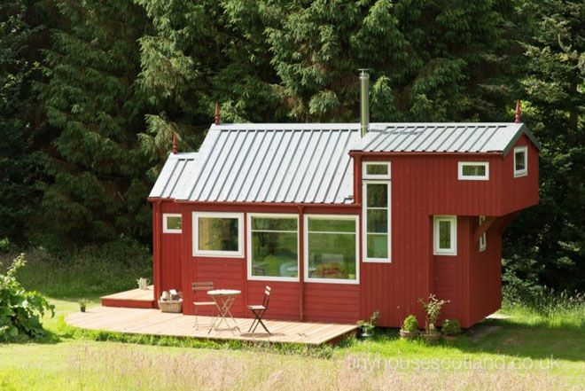 Retro Modern Scottish Tiny House Is All About Simple Comforts