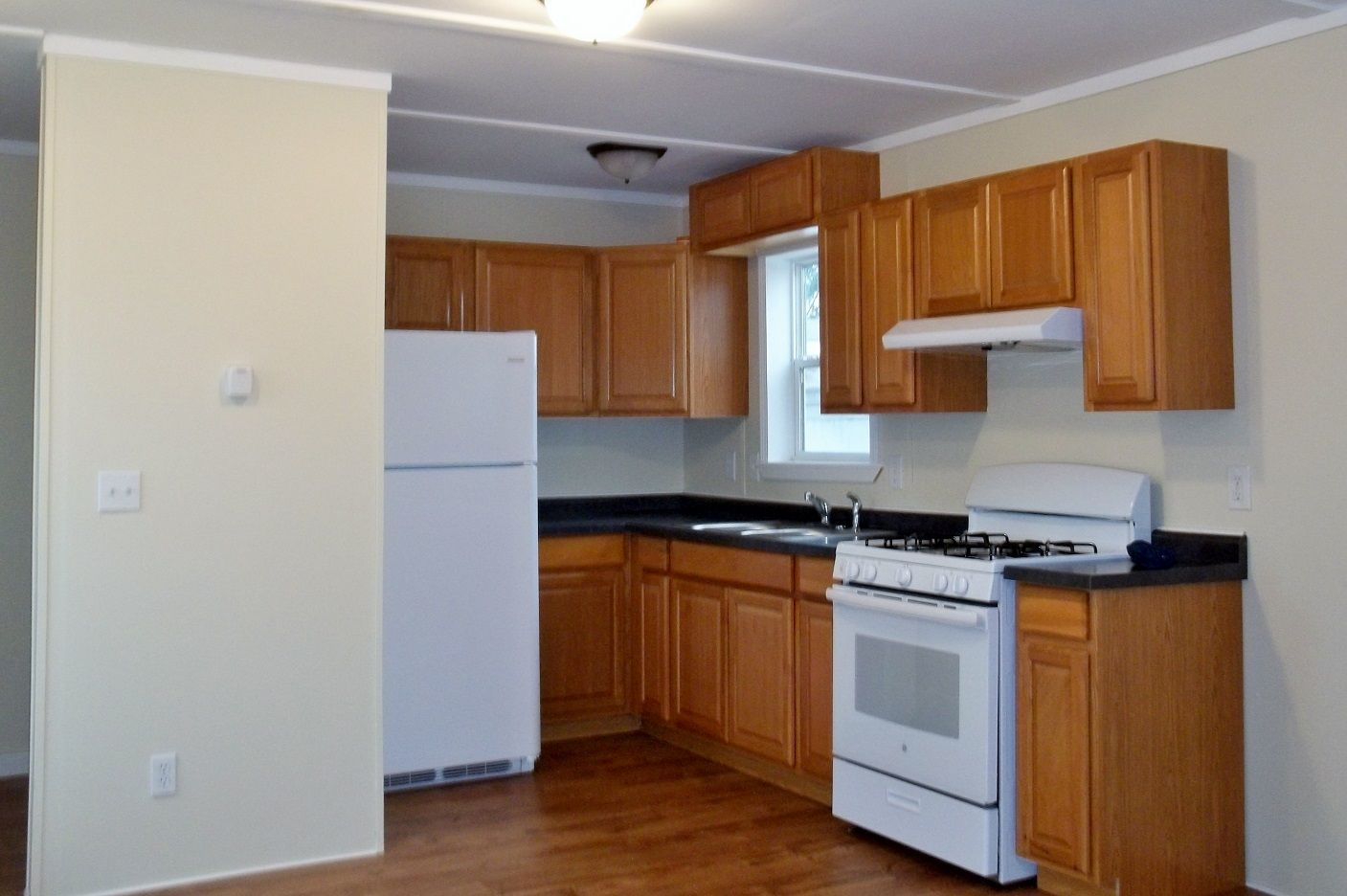 brand new kitchen 2005 Lincoln Park Mobile / Manufactured