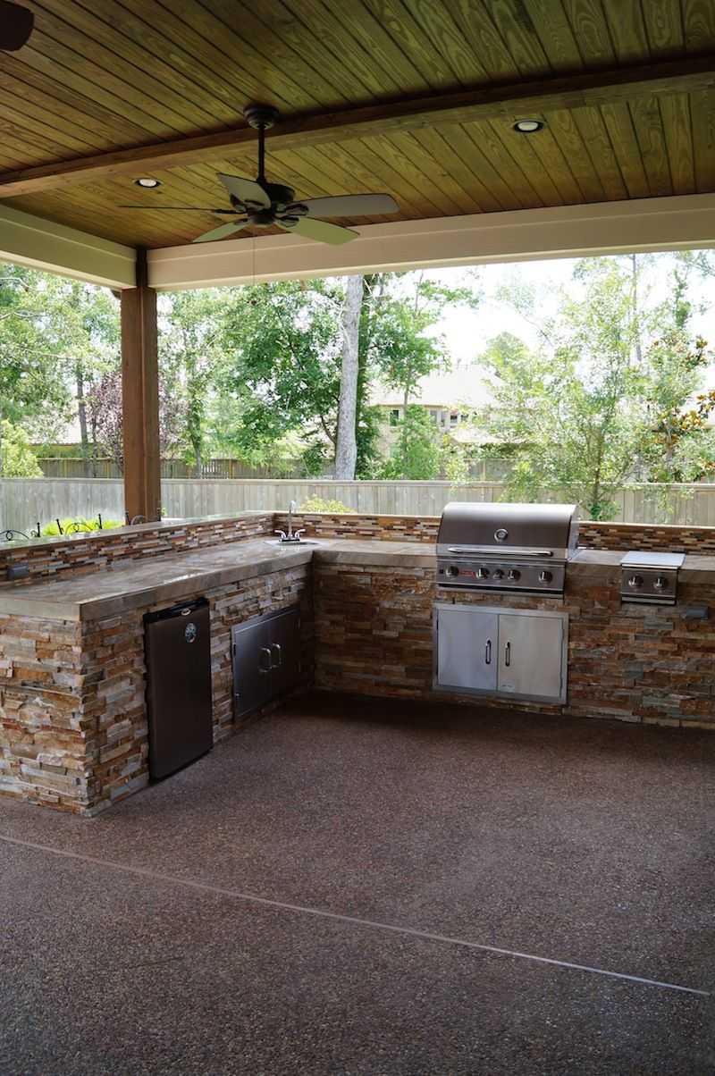Regal Pool Design Covered Outdoor Kitchens Swimming Pool Landscaping Outdoor Kitchen