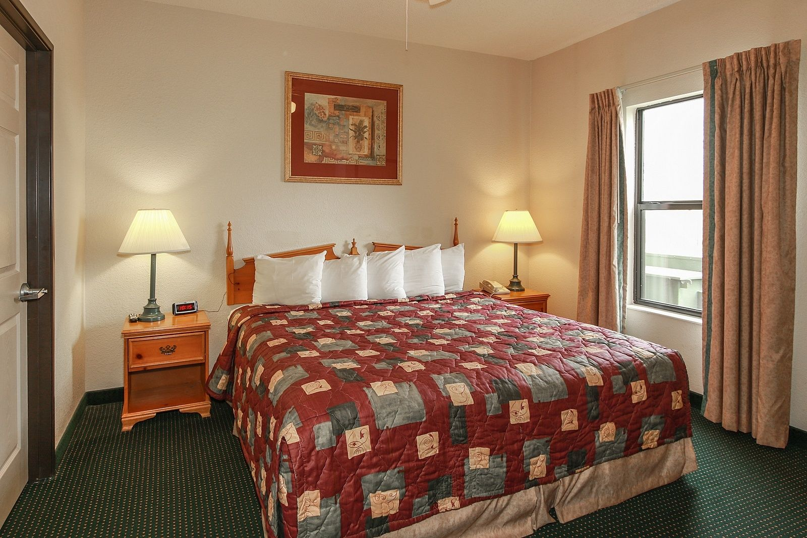Pigeon Forge Hotel Specials And Deals At All Season Suites With Images Suites King Bedroom Single Bedroom