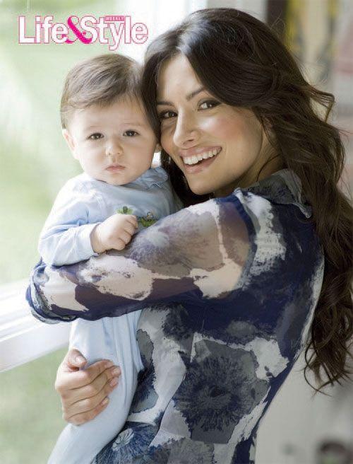 Gallery Photo 1 | Sarah Shahi Introduces Son William Wolf ...