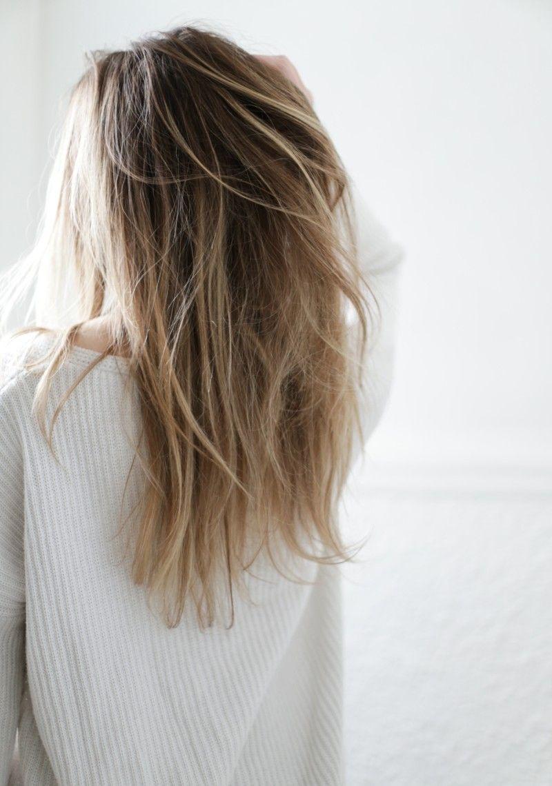 Long blond hair ombré with beautyfull volume tresemme beauty