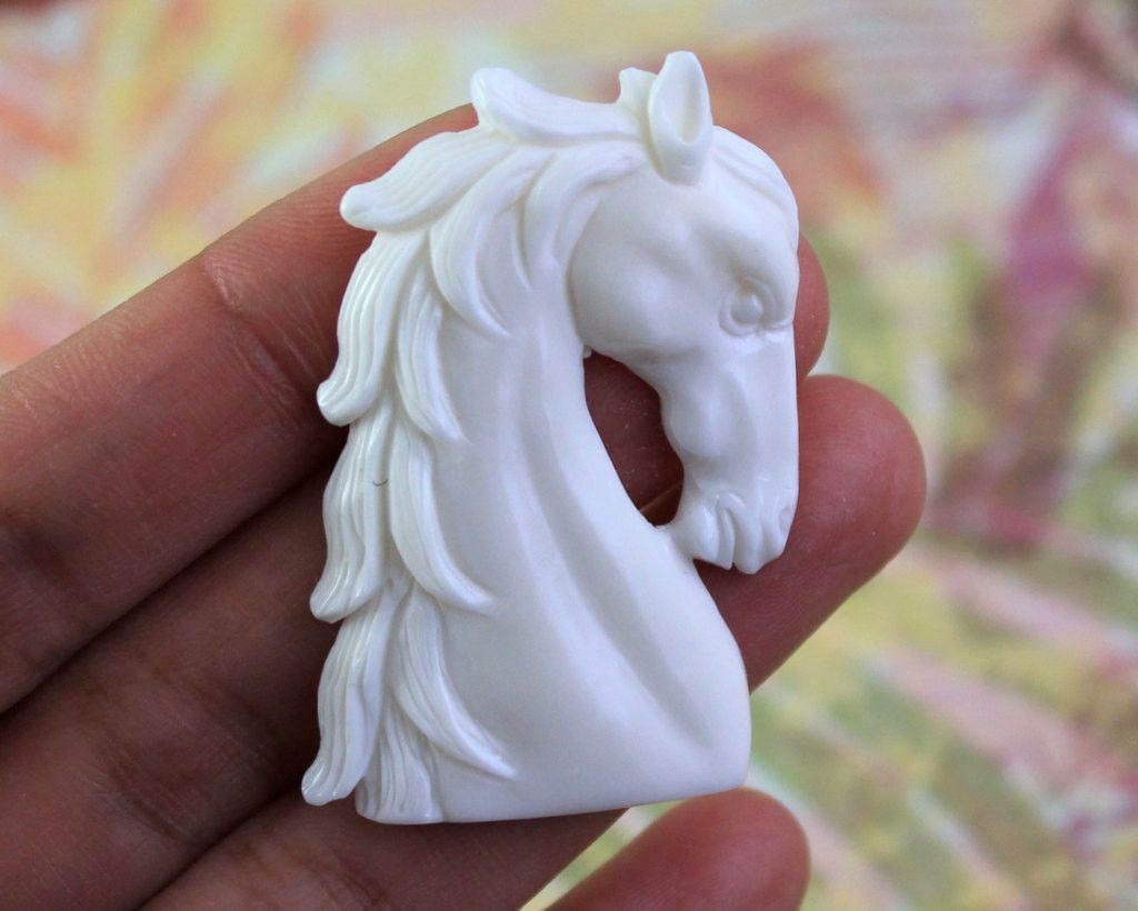 Majestic Horse Carving Symbolic Of Power And Freedom Hand Carved Buffalo Bone Western Jewelry Cowboy Jewelry Bone Carving Carving Gifts For Horse Lovers