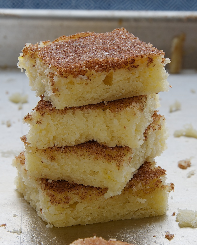 Cinnamon Sugar Cookie Squares #cinnamonsugarcookies Cinnamon Sugar Cookie Squares are soft, chewy, sweet, cinnamon-y, and so very delicious. Great for feeding a crowd! - Bake or Break #cookies #cookiebars #cinnamon #cinnamonsugarcookies