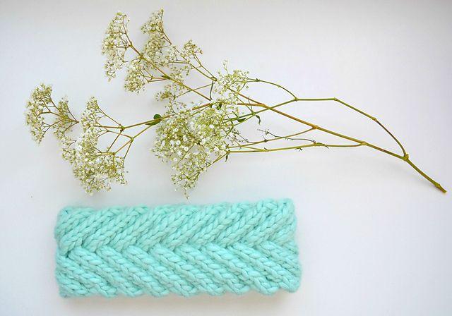 Ravelry: Fishtail Braided Headband pattern by Callisto Knits | Yarn ...