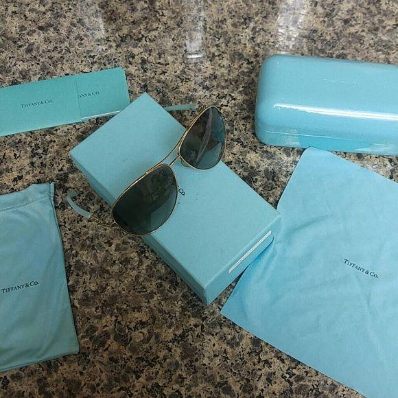 Tiffany & Co aviators Beautiful Tiffany & Co gold rimmed